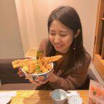 【日本橋】丼からはみ出す「金子半之助」の天丼、見事に完食!